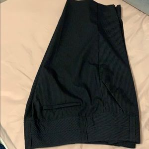 NWOT The Limited Cassidy Fit Bermudas